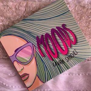Laura Sanchez Moods Eyeshadow Highlighter Palette